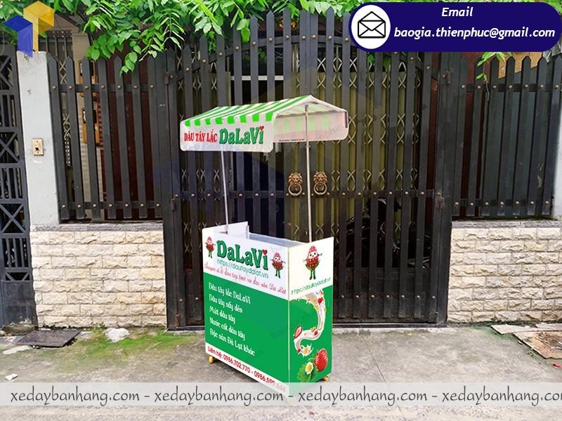 booth bán dâu tây lắp ráp giá rẻ
