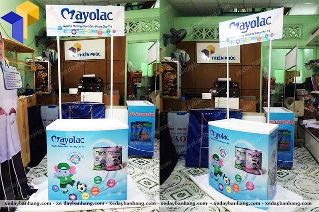 Booth bán hàng sampling giá rẻ