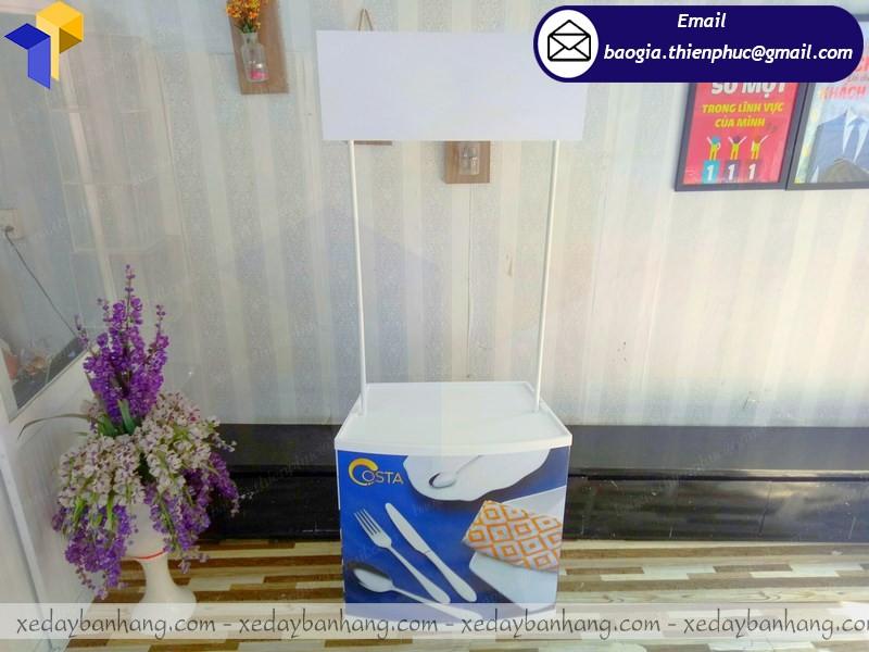 booth nhựa siêu thị lắp ráp hcn