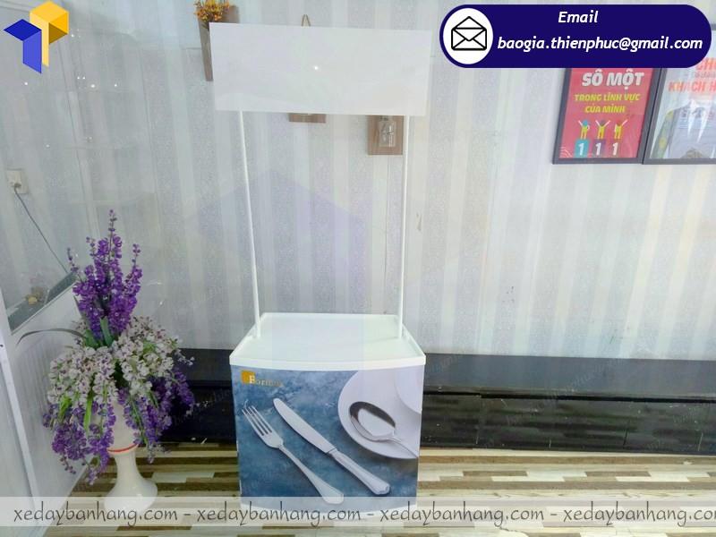 booth quảng cáo nhựa rẻ hcm
