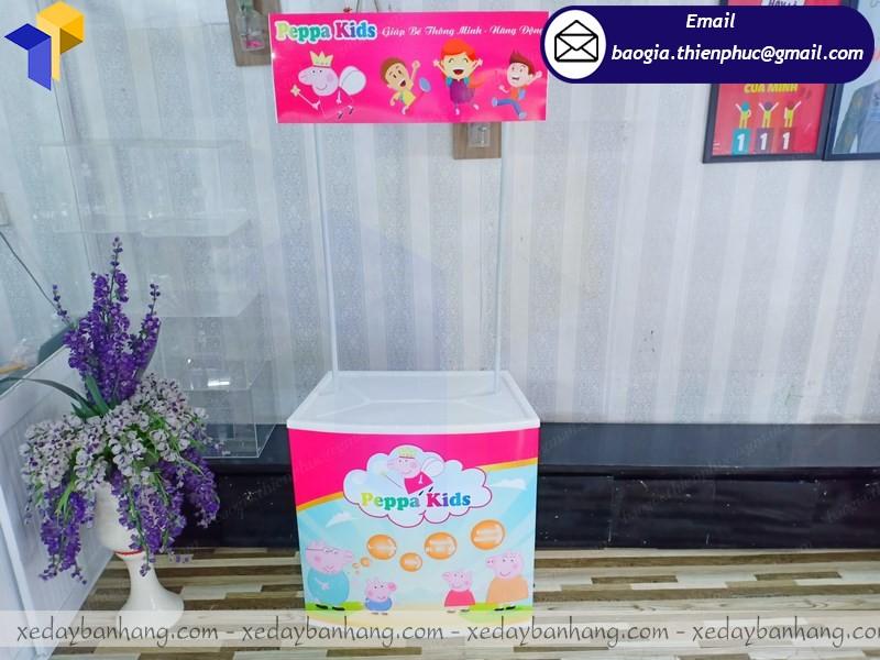 quầy bán hàng nhựa giá rẻ ở phú quốc