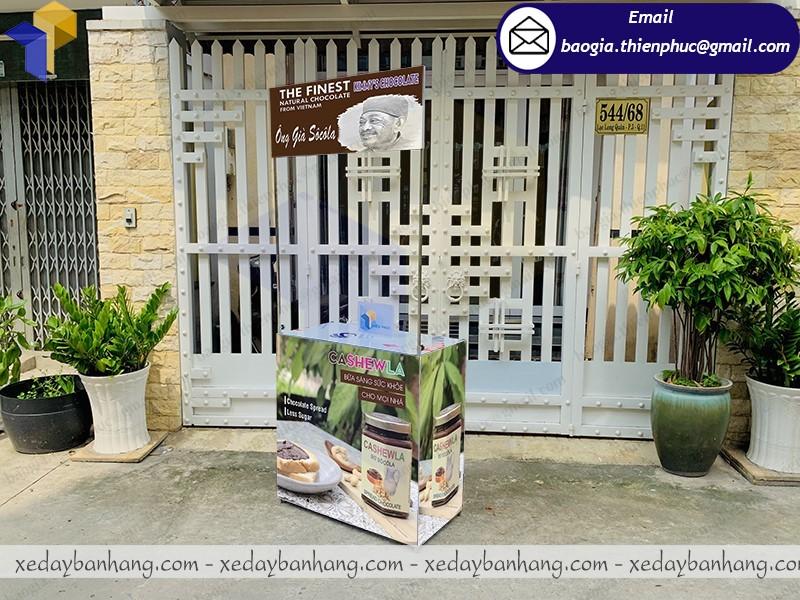 booth sắt quảng cáo bơ socola giá rẻ