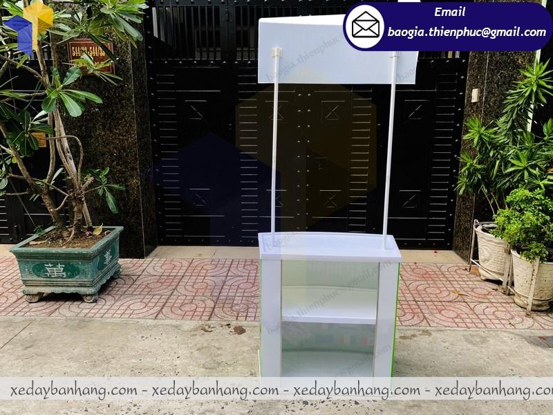 booth nhựa bán nước vitamin đẹp