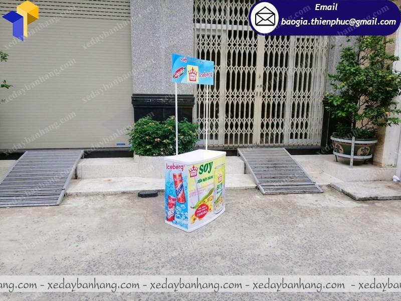 Booth nhựa quảng cáo sữa di động  ở phú quốc