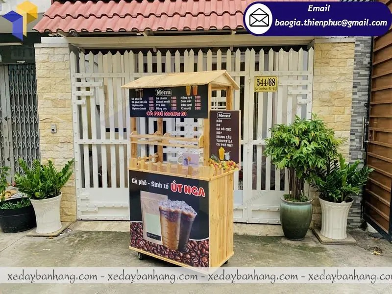 mẫu quầy bán cà phê mang đi đẹp