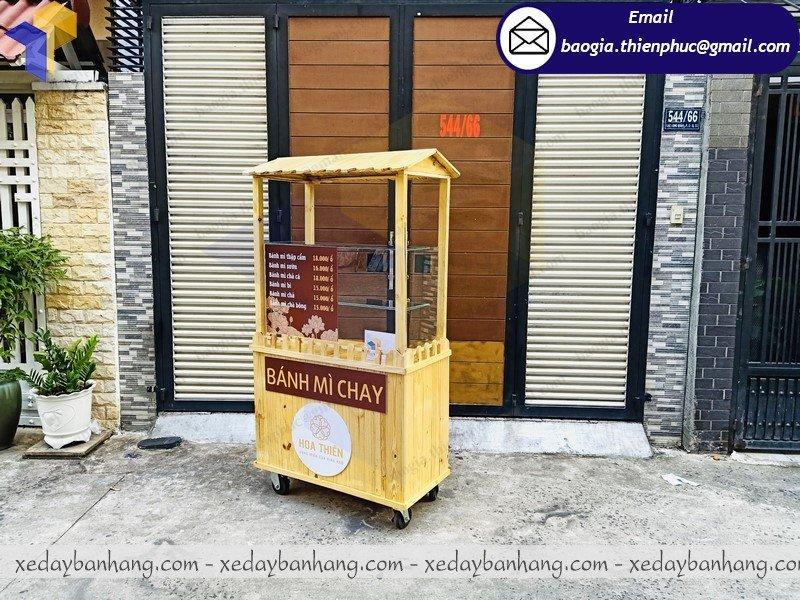 mẫu xe đẩy bán bán bánh mì chay đẹp