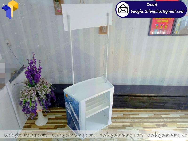 booth quảng cáo nhựa rẻ đà nẵng