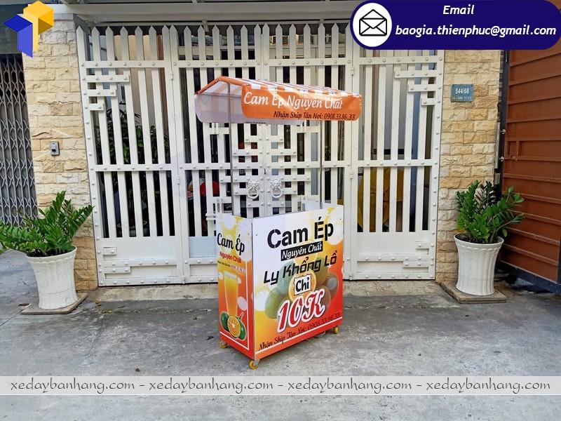 Tủ booth bán nước cam lắp ráp ở sài gòn