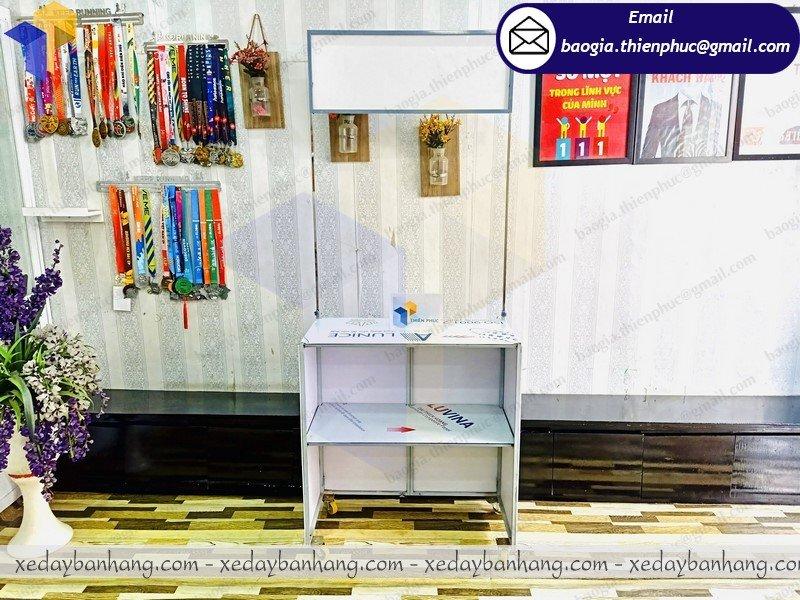 sản xuất booth bán hàng hội chợ giá rẻ