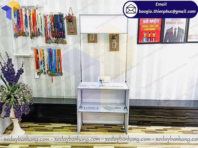 thiết kế booth bán hàng hội chợ giá rẻ