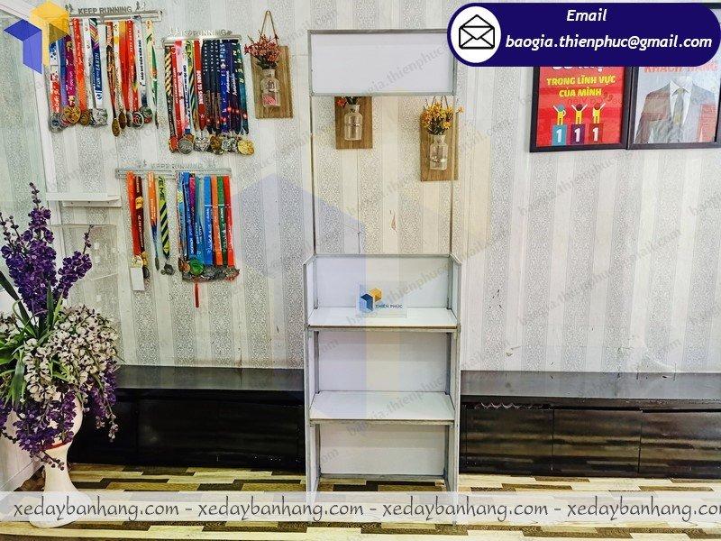 thiết kế booth trưng bày mini giá rẻ