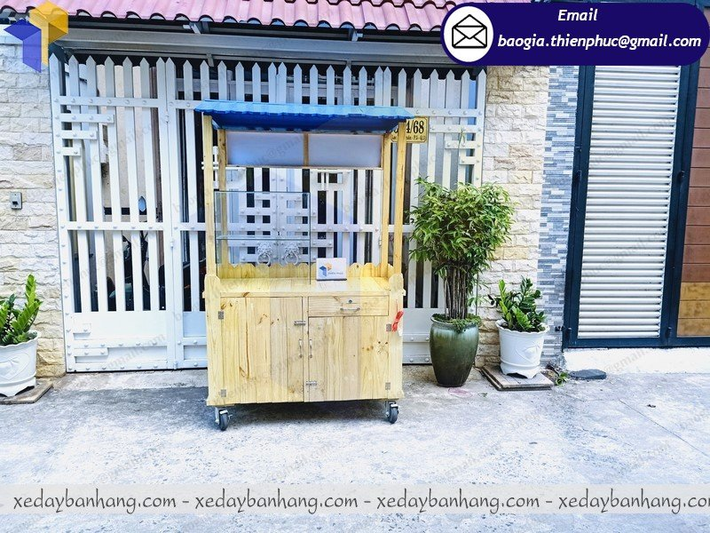 thiết kế tủ gỗ pallet bán cafe