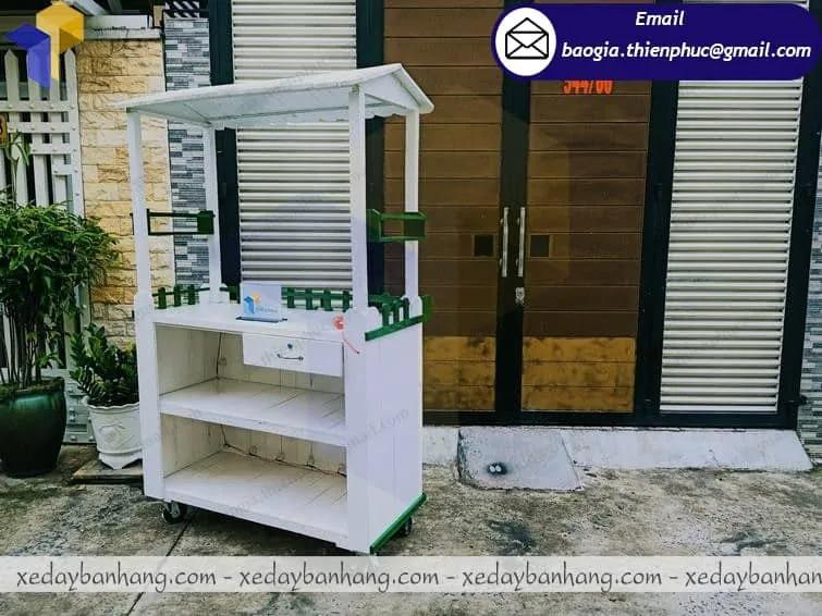 thiết kế xe trà sữa bằng gỗ rẻ