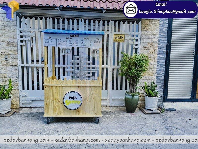tủ gỗ pallet bán cafe di động