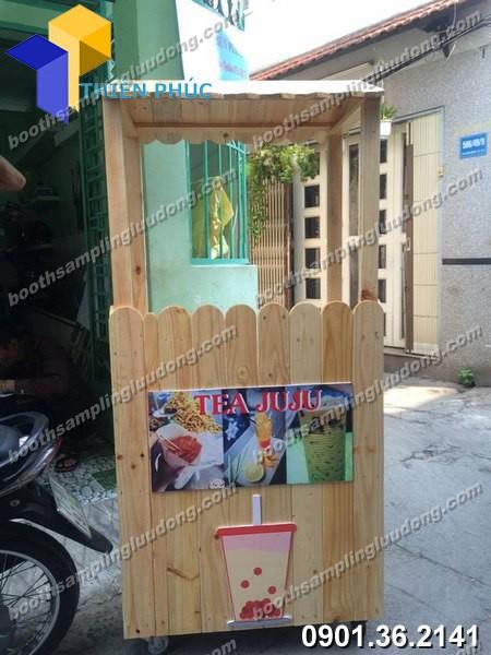 Xe bán trà sữa bằng gỗ tại xưởng Thiên Phúc