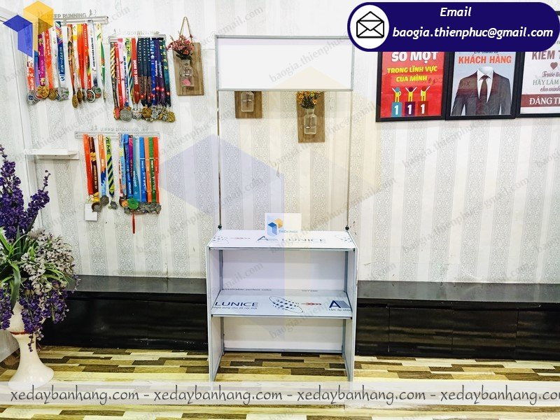 xưởng đóng booth bán cafe mang đi giá rẻ