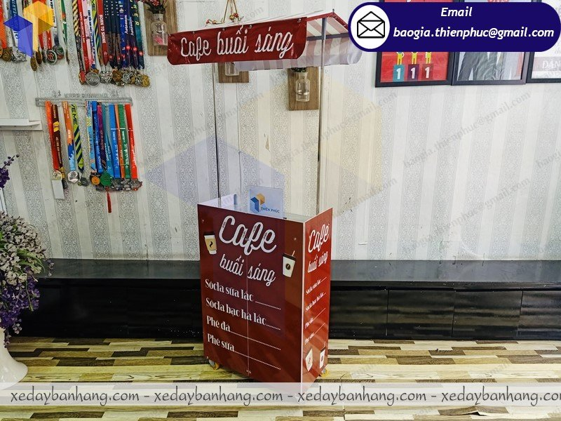 xưởng đóng booth mini bán cafe mang đi